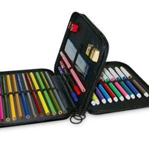Boite à crayon de couleurs